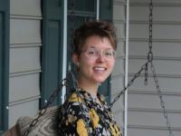 Danielle Szynborski headshot
